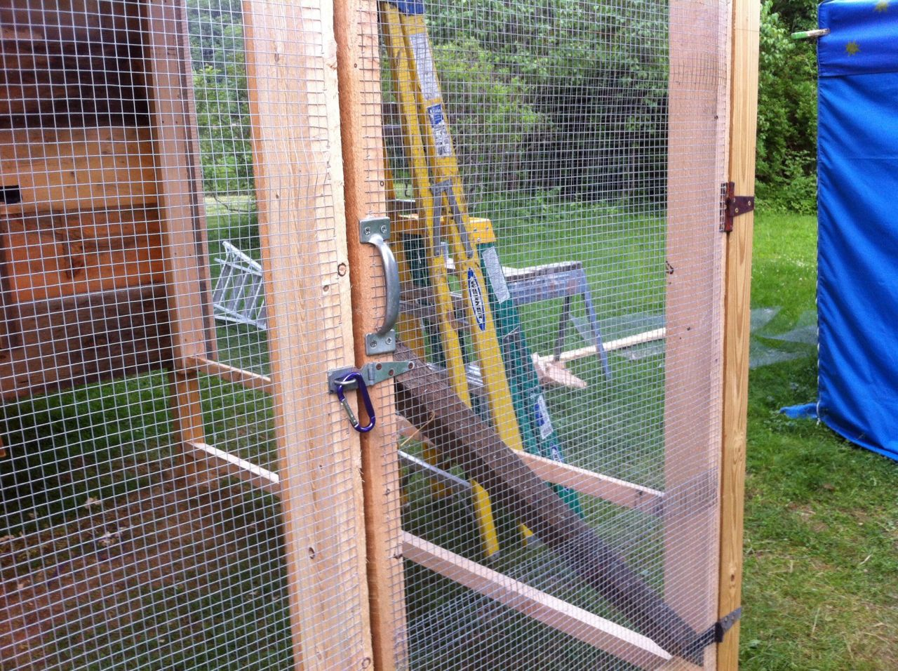 Progress on the coop has included framing to hold hardware cloth an access door to the pen hardware cloth covering upper sections and linoleum on the ... & Coop Hardware Cloth - Cliff Dutton Carpentry pezcame.com